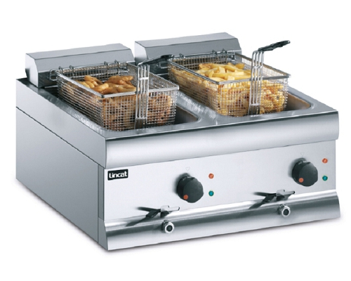 Lincat Silverlink 600 Electric Counter-top Twin Tank Fryer - 2 Basket DF66